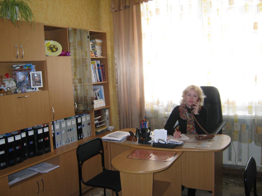 Кабинет заведующей детского сада фото